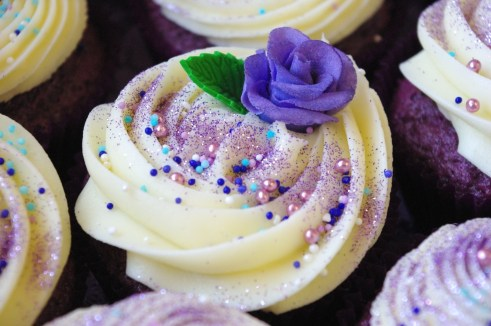 purple velvet cupcakes, cream cheese icing, epilepsy sa cupcake challenge, handmade sugarpaste rose