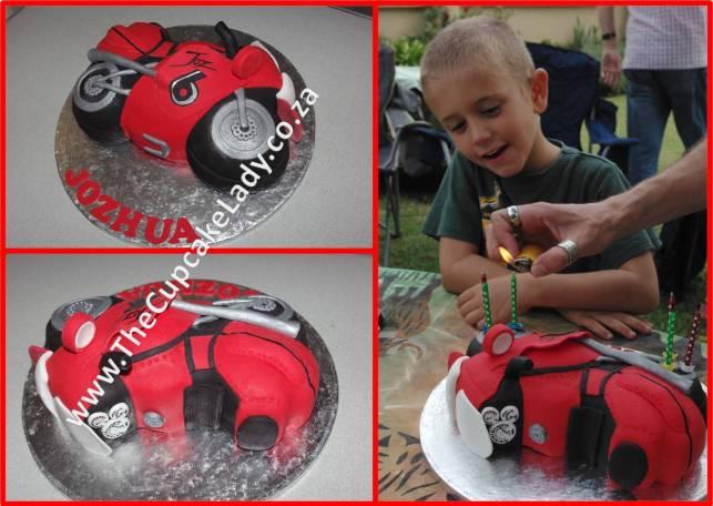 superbike cake, birthday cake, novelty cake, chocolate cake