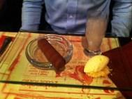 Sigaro di cioccolata con gelato