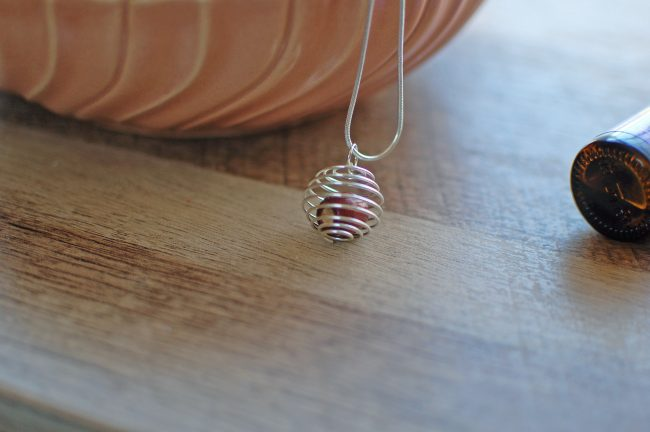 How to Make an Essential Oil Diffuser Necklace | DIY Diffuser Necklace Tutorial