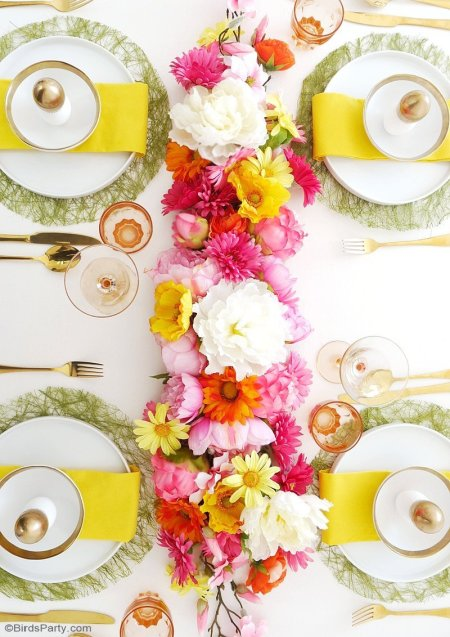 Modern Floral Easter Brunch - Bird's Party