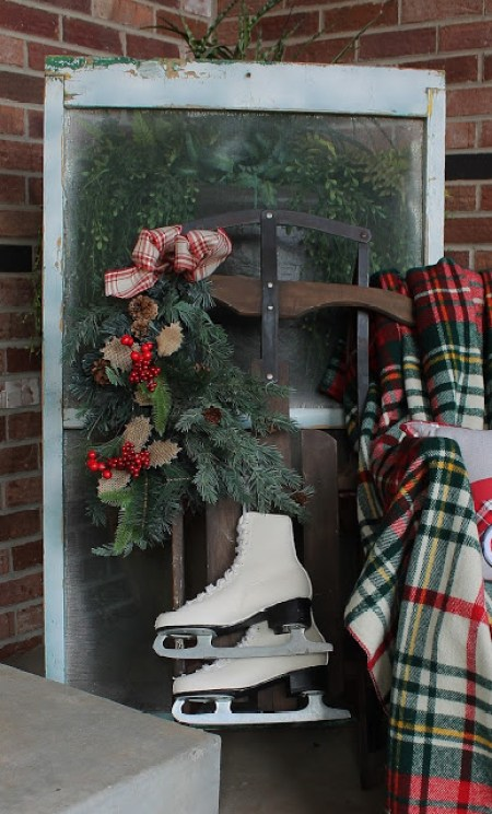 Christmas Bench On The Front Porch | Southern Seazons