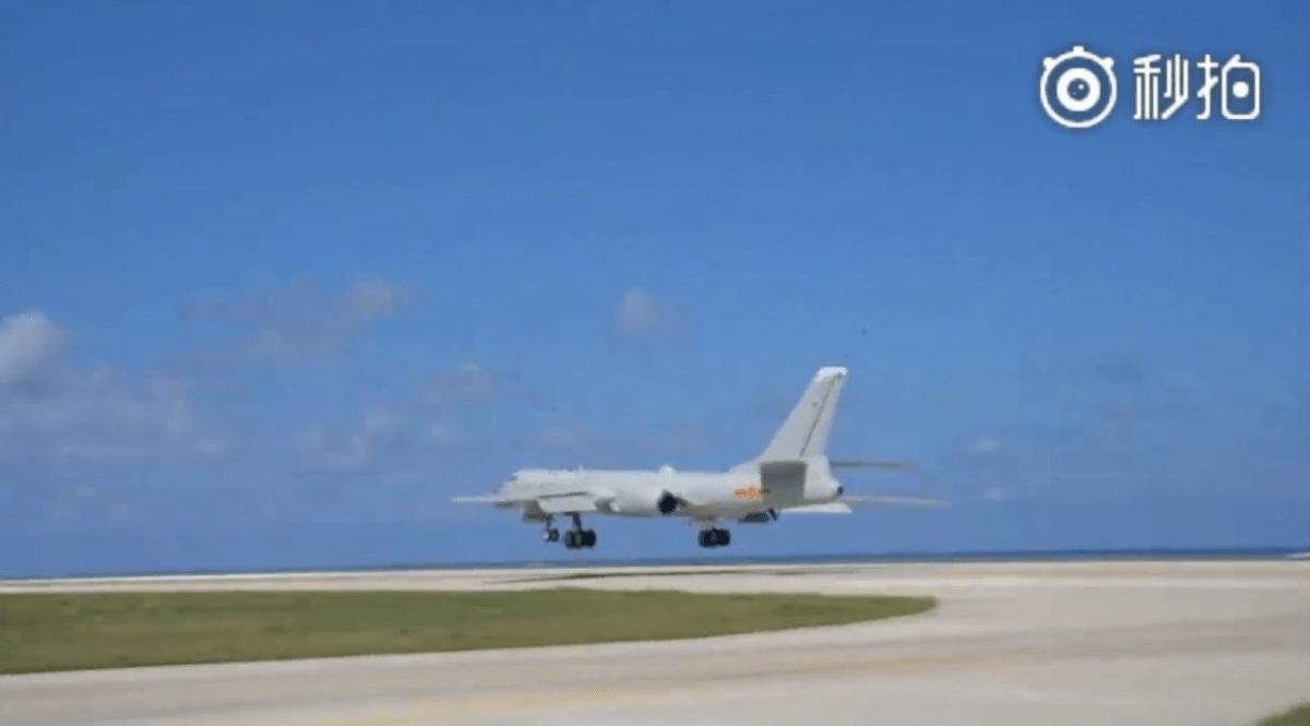 Pembom Strategis China H-6K Jajal Landasan di Pulau Woody Laut China Selatan