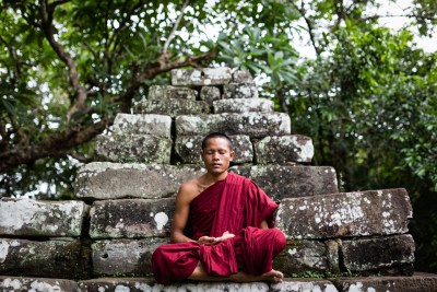 meditation_temple_monk