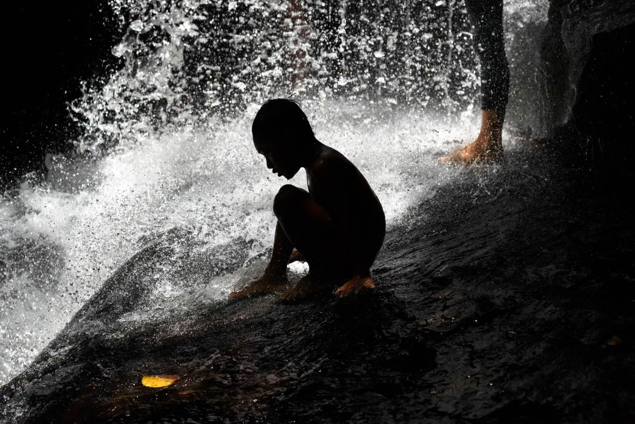 kbal_spean_waterfall_angkor