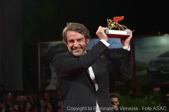 26926-Red_Carpet_-_Awards_Ceremony_-_Golden_Lion_for_Best_Film_-_L._Vigas_-____la_Biennale_di_Venezia_-_Foto_ASAC__3_