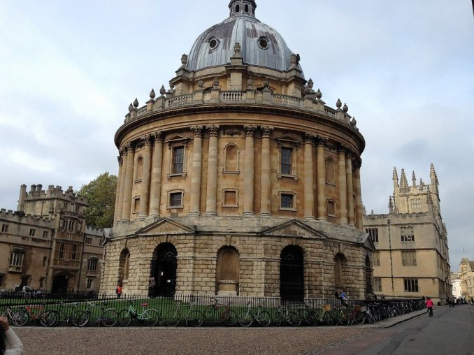 oxfordi egyetem könyvtára