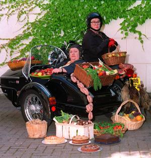 Two_Fat_Ladies1