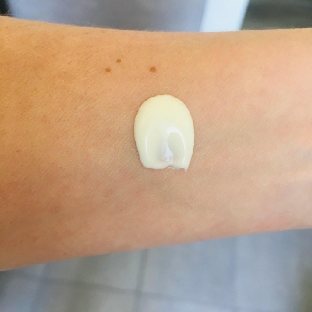 Stamila Hidra Skin texture piacevole e fluida