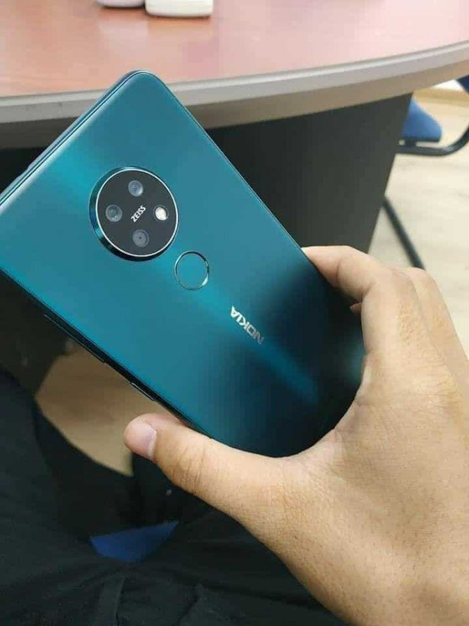 Nokia 7.2 hands on images