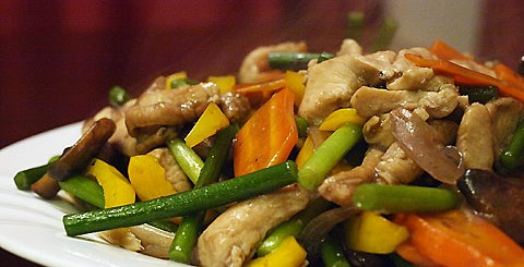 Chicken and Garlic Sprouts Stir Fry