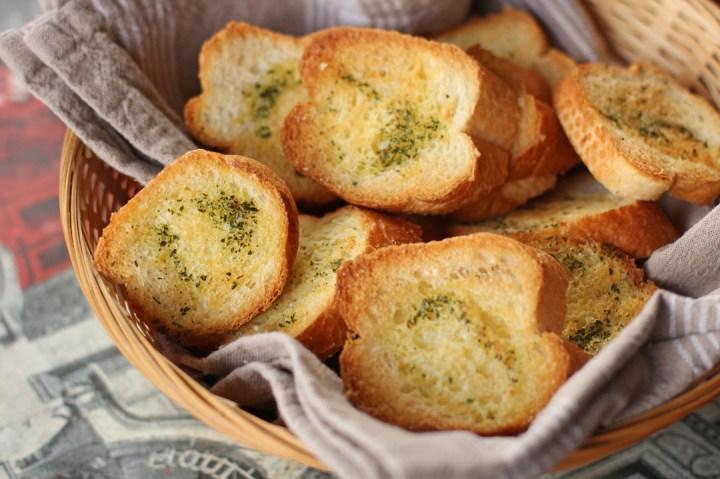 Garlic Bread Wide