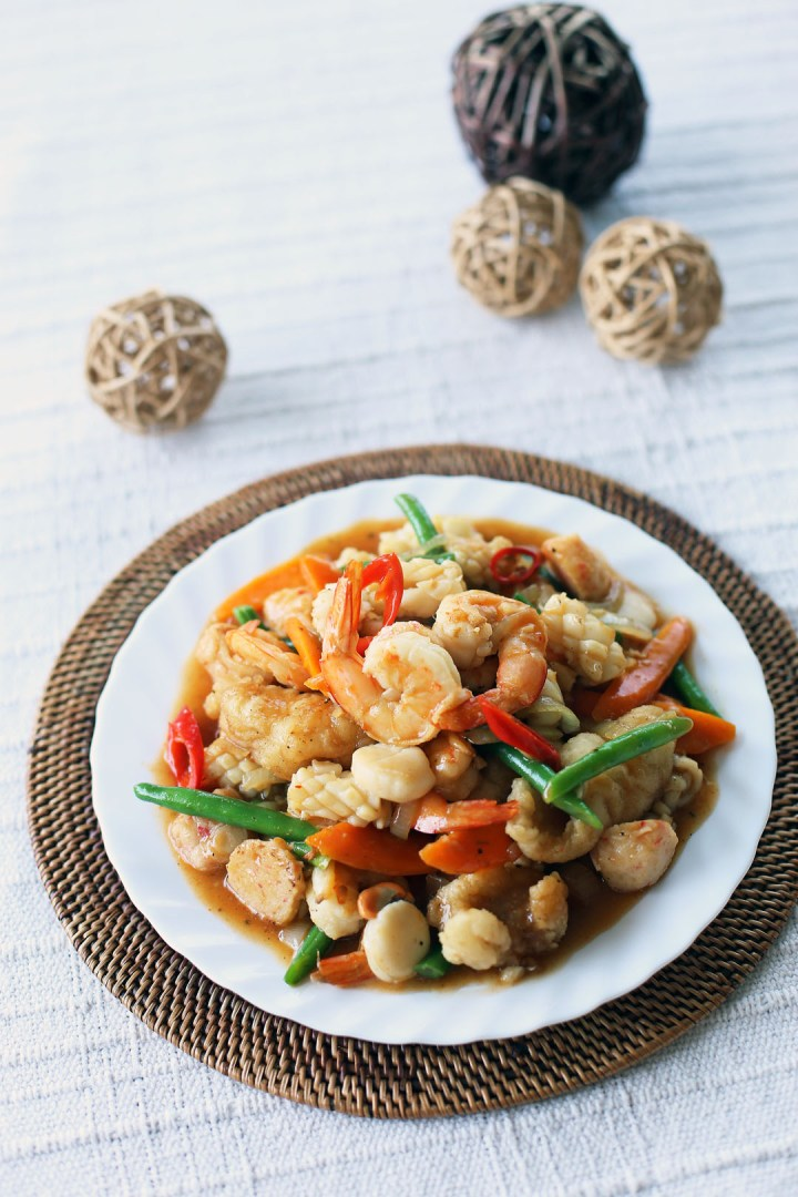 Thai Style Stir Fried Seafood 2
