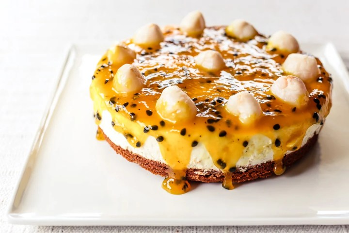Passionfruit and Lychee Cheesecake Wide