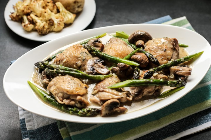 Creamy Chicken with Asparagus & Tarragon Wide