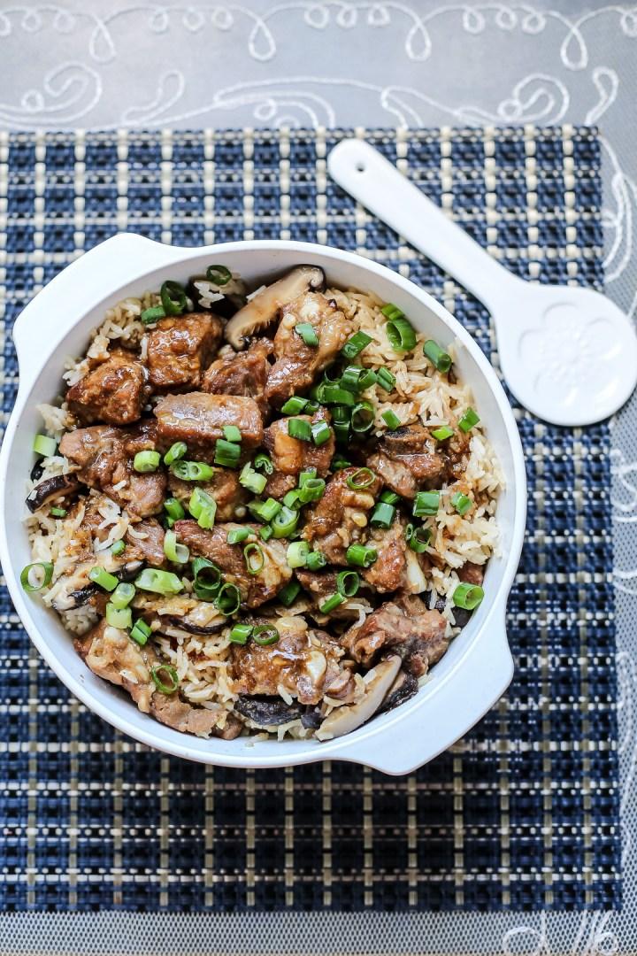 mushrooms-pork-ribs-claypot-rice