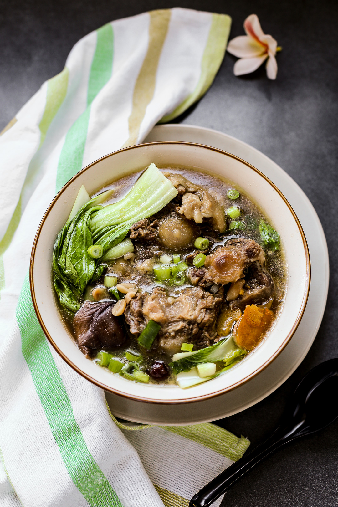 hawaiian oxtail stew recipe