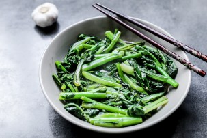 Stir-Fried Choy Sum With Minced Garlic 1