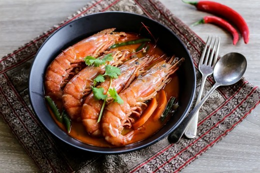 Thai Coconut Red Curry with Prawns 1
