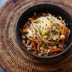 Spicy Mung Bean Sprouts Salad (Maewoon Sukju Namul) 1