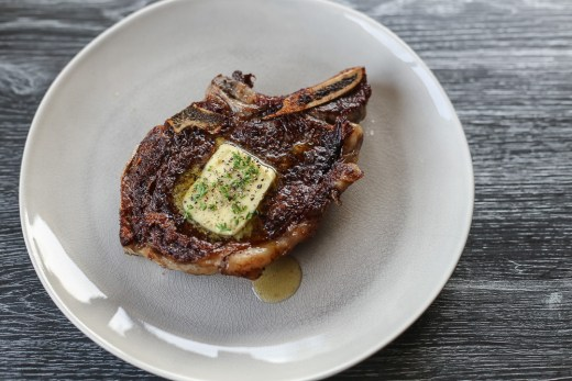 Steak with Garlic Butter 1