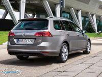 Foto VW Golf VII Variant - Farbe: Limestone Grey Metallic ...
