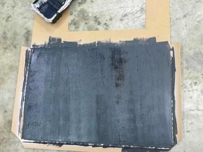 easy diy magnetic chalkboard