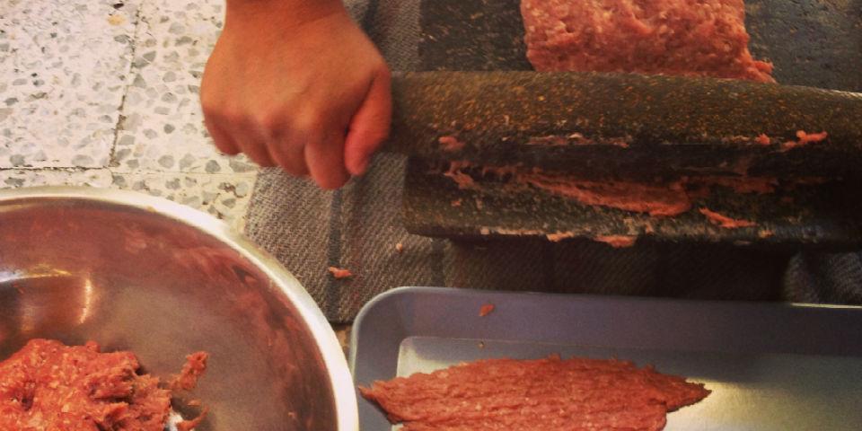 Pacholas la carne nacida del metate  Animal Gourmet
