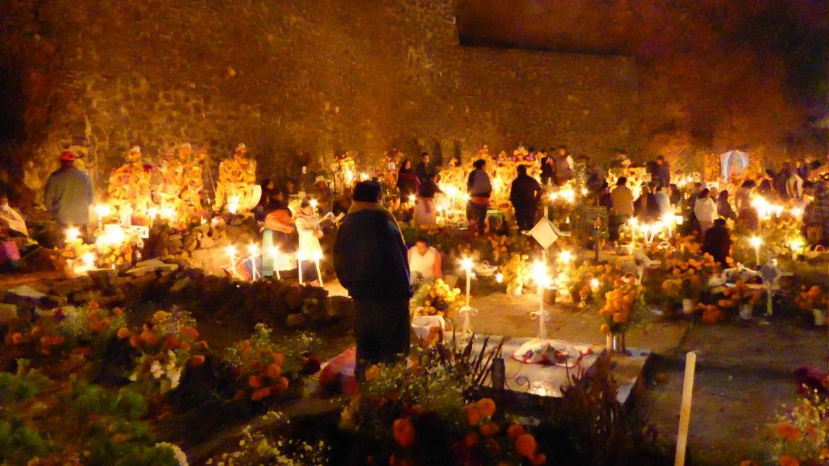 El da de muertos en su mximo esplendor las fiestas en Ptzcuaro Michoacn  Animal Gourmet