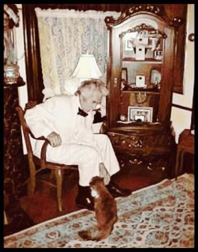 Mark Twain & cats