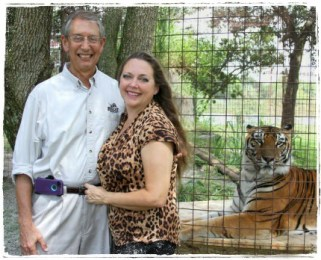 Howard & Carole Baskin with a tiger