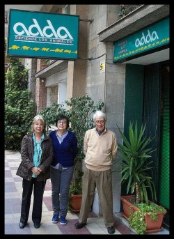 Carmen Mendez, Montse Ong, and Manel Casas of ADDA outside their office in Barcelona. (Merritt Clifton photo)