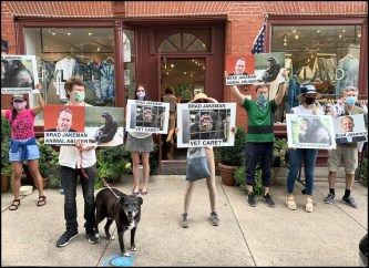 Protest in Sag Harbor for Project Chimps