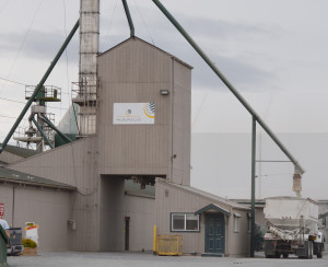 Wilbur-Ellis plant near Bayview, Washington. (Beth Clifton photo)