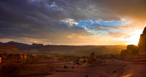 sunset-arches-park-istock