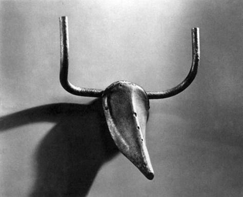 Picasso_headofBull