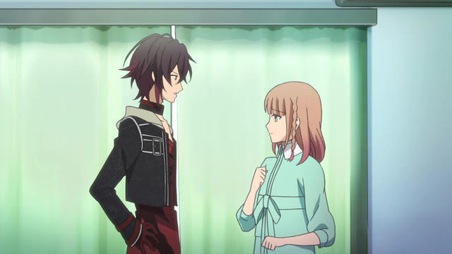Toma and the protagonist face each other. The protagonist has a worried expression, and Toma looks angry.