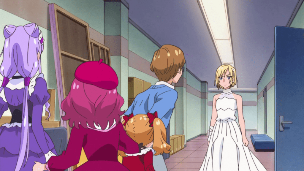 Henri, in a white wedding dress, stands in front of Masato, Emiru, Hana, and Ruru.