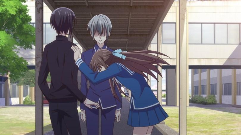 Tohru pushing Akito away from Yuki