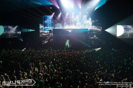 Miku Concert - Official 011 - 20141028