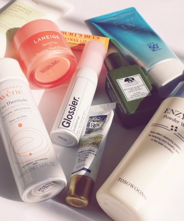 7 Tips for Putting Together a Travel-Friendly Skincare Routine