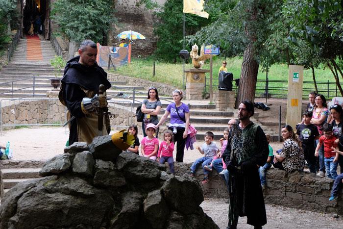 la-spada-nella-roccia-al fantastico mondo del fantastico al castello di lunghezza