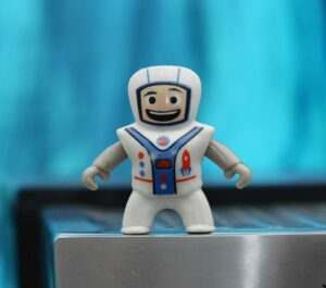 Helping children set goals by parenting expert Anita Cleare - picture of toy astronaut