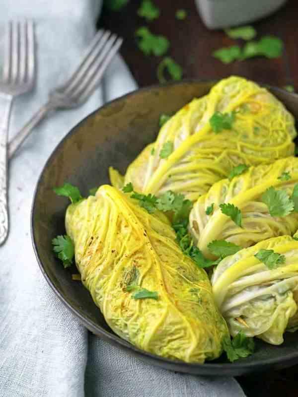 Cabbage Curcumin Chicken Rolls