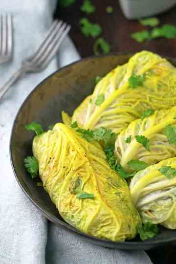 Cabbage Curcumin Chicken Rolls