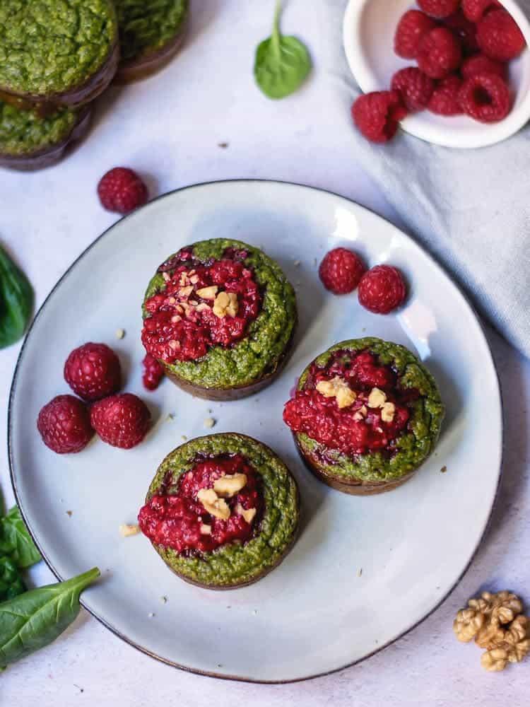 Muffins de Courgette e Espinafres com Framboesas