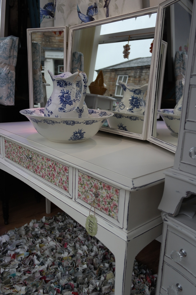 Vintage Dressing Table and Stool Shabby Chic and Decoupage Finish