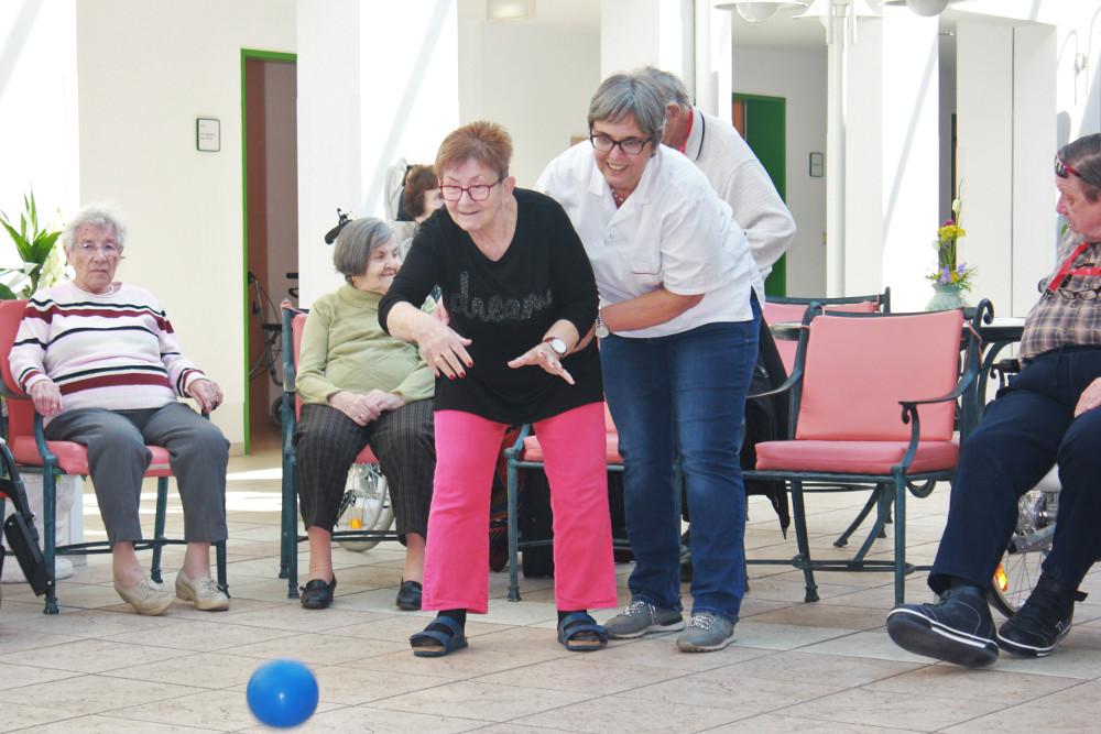 Anja Butschkau Soziales Praktikum Minna-Sattler-Seniorenzentrum AWO Pflege Altenpflege