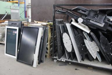 Im Elektrorecycling wird der Dortmunder Elektroschrott fein säuberlich in seine Bestandteile zerlegt.