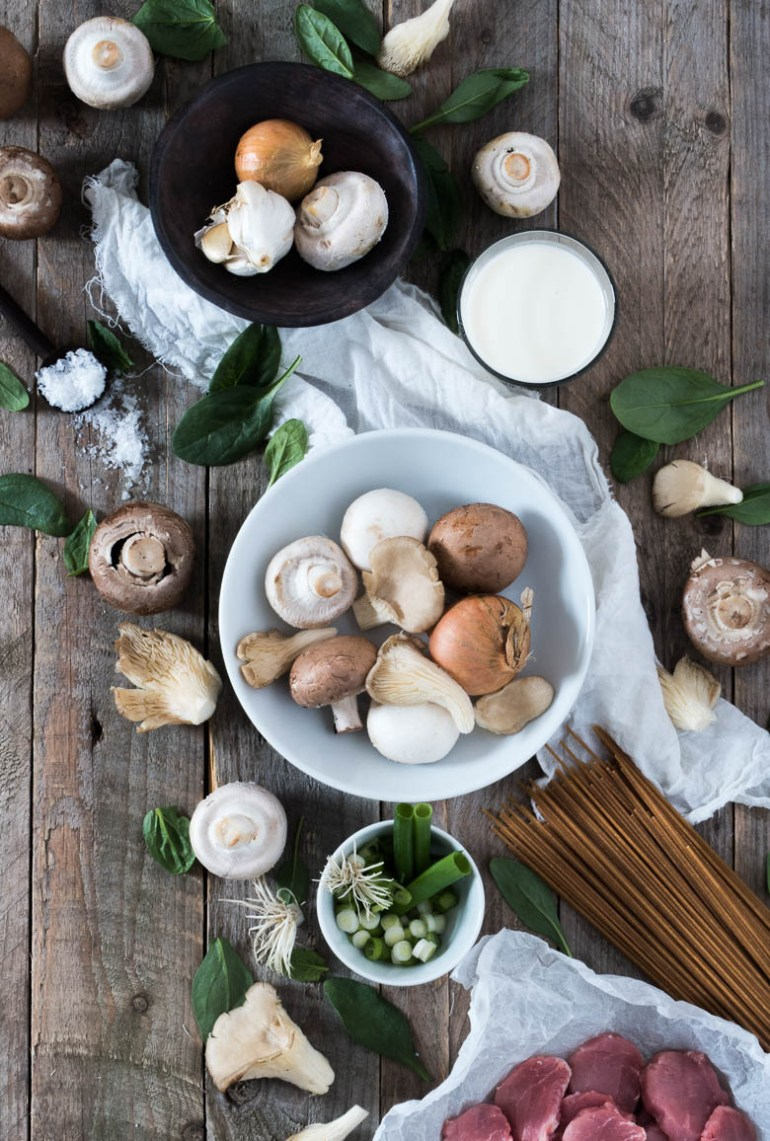 Efterårspasta mørbrad, svampe og spinat